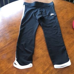 Nike leggings with white piping